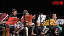 Les élèves guitaristes d'Eric Declosmenil au théâtre de Saint-Lô