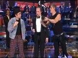 Video Gigi D'Alessio, a Famiglia Salemme Show