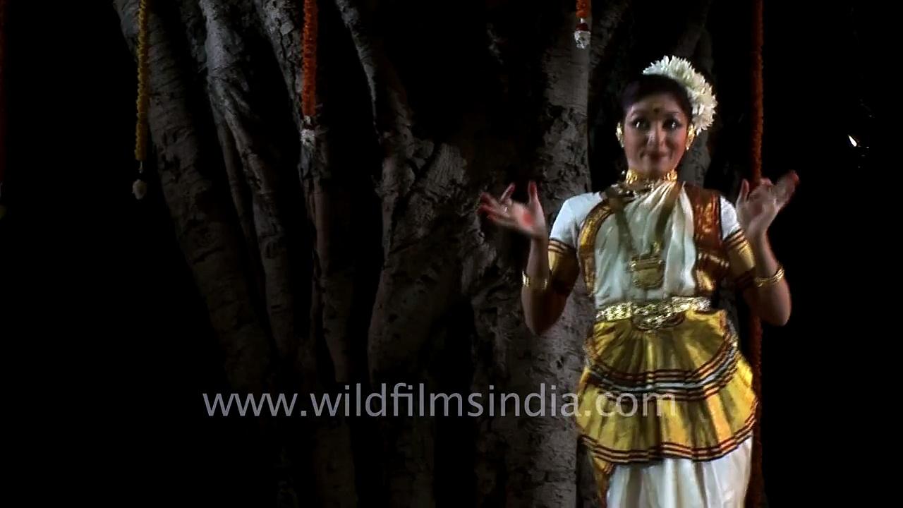 Vijayalakshmi performs Mohiniattam