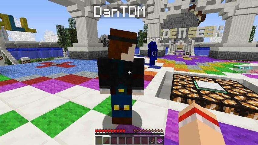 Minecraft | HIDE & SEEK! | Green, juicy melons! | w/DanTDM