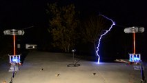"""""""In the Hall of the Mountain King"""" - Played on Musical Tesla Coils"""