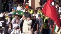 اجساد قربانیان حمله انتحاری به مسجد شیعیان در کویت به خاک سپرده شدند
