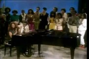 Aretha Franklin and Smokey Robinson - Ooo Baby Baby (soul train live)
