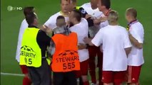 Ribéry con humildad ante un espontaneo, GRANDE RIBÉRY !!