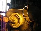 délire sculpteur sur bois au tour à bois