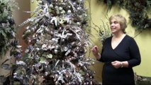 Decorate A Christmas Tree Like A Pro!   Decorating Tips To Achieve A Designer Tree