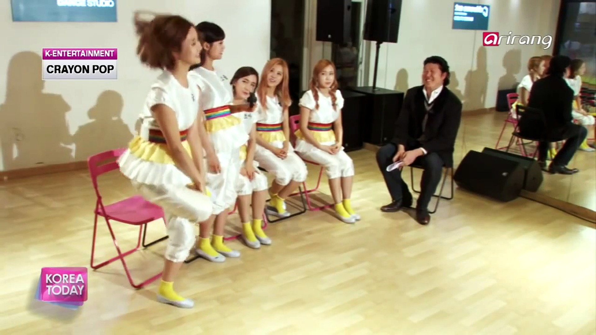Korea Today - Crayon Pop Back with 'Uh-ee' 스타인터뷰 크레용팝