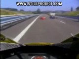 MOTO - Gamelle - Wheeling sur autoroute