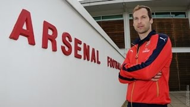 It Hurts to see Petr Cech at Arsenal !!! Younes from @100Pct