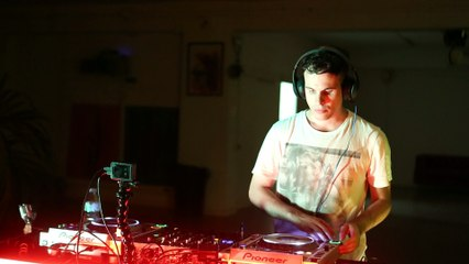 Alizzz 1F:6D x Show Them Agency DJ Set