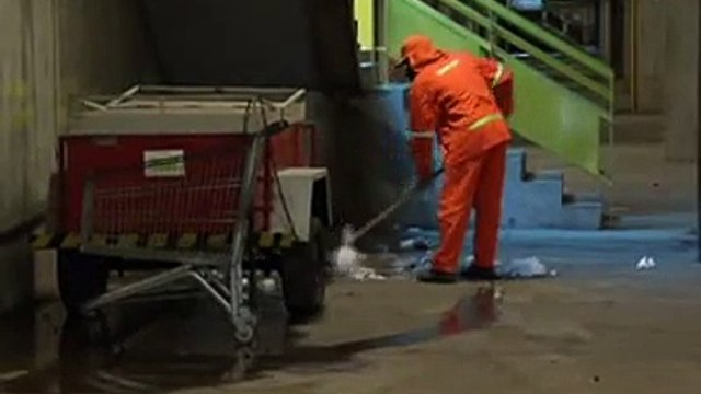 Jornal local: Limpeza shopping popular