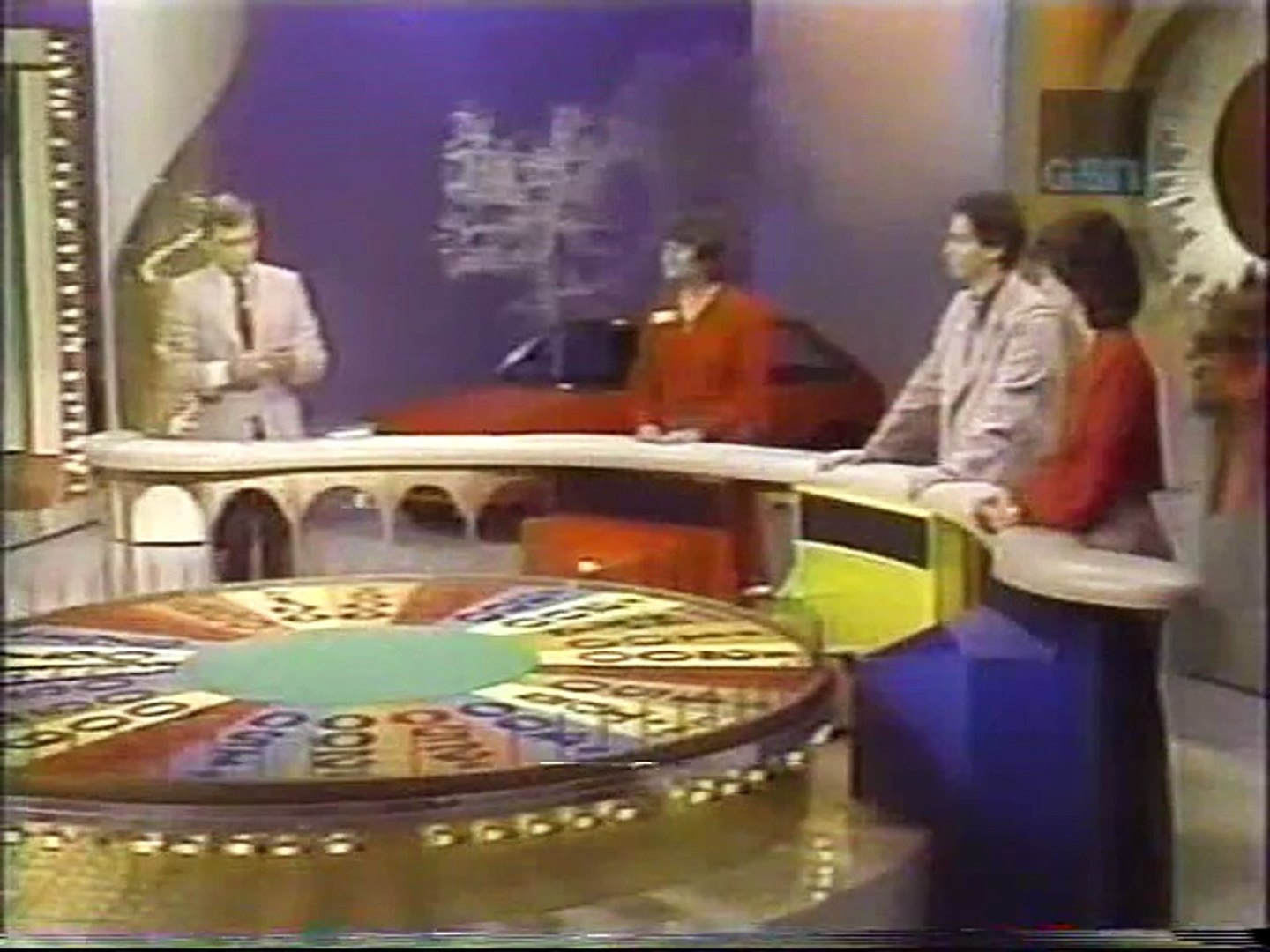 Wheel Of Fortune Nbc Daytime December 13th 1982 Vanna White S Debut Video Dailymotion