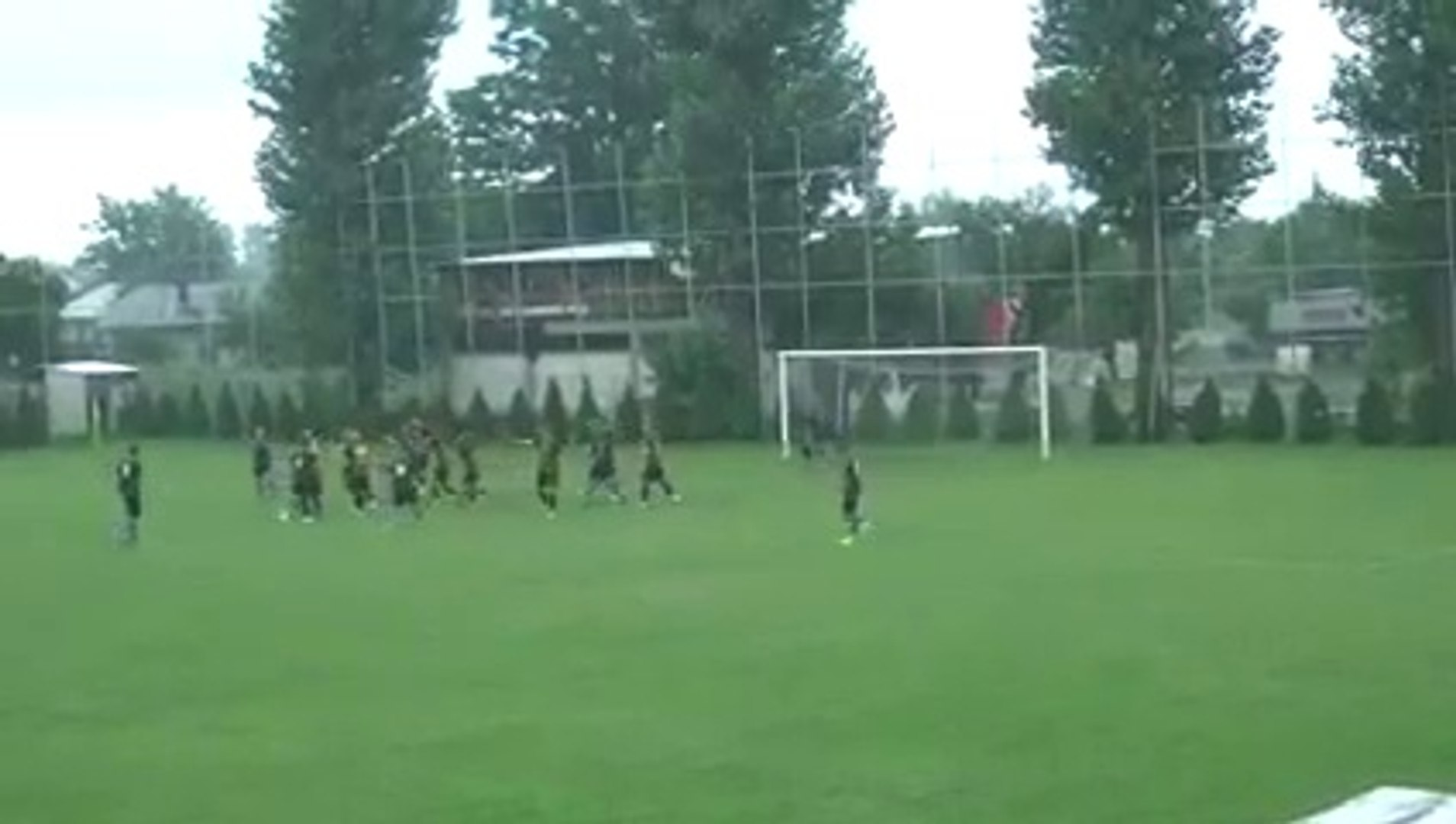 Coach punches the referee in the face in a Romanian Cup game