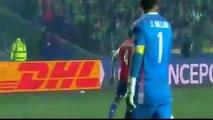 Paraguayan player epic fail (funny moment) - Peru vs Paraguay 2-0 Copa America 2015
