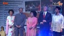 Mahathir selar gaya hidup mewah, boros Najib & Rosmah