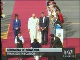Ceremonia de bienvenida al papa Francisco en suelo ecuatoriano