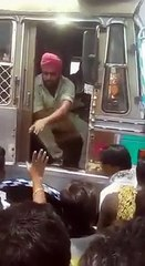 Mob tries to assault Sikh Truck Driver
