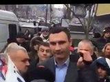 Виталий Кличко - Я тебе в ухо крикну! Новый перл! РЖАЧ СМОТРЕТЬ ВСЕМ!