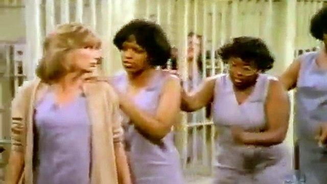Laverne & Shirley - Laverne on Death Row