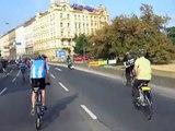 Den bez aut 2009 v Praze-Na kole po magistrále ,Carfree day in Prague