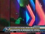 Ayacucho: Adolescentes se desnudan por cerveza gratis en discoteca [VIDEO]