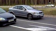 Honda Civic 1.6 b16a vs Opel Astra 2.0 turbo