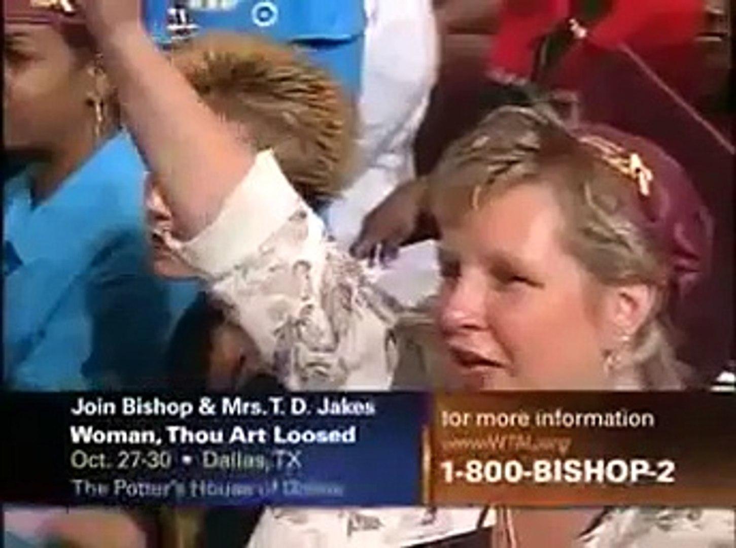 Bishop TD Jakes, First Lady Serita Jakes & Dr. Jackie Mc. Cullough - Thankful Women (6)