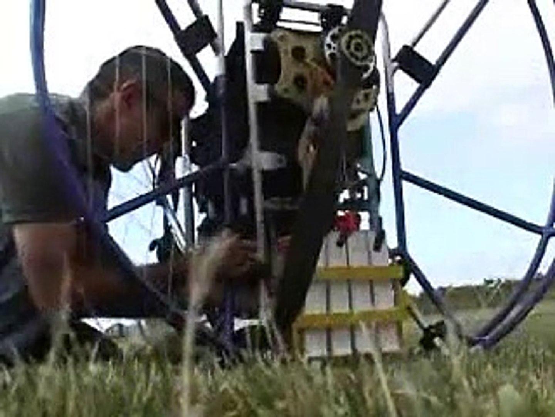 Electric Powered Paraglider inventor - Csaba Lemak