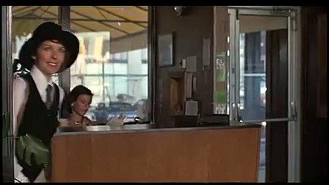 Annie Hall - Alvy meets Annie
