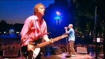 R.E.M. - Walk Unafraid (Wiesbaden, Germany 2003)