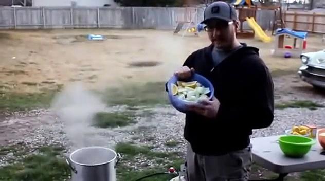 Shrimp Boil Recipe – How To do a Shrimp Boil