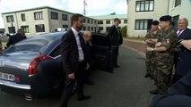 M Le Drian rencontre les soldats de l'opération Sentinelle