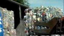VALORPLAST : Recyclage des bouteilles en paillettes