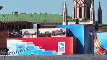 5/7 Tourisme en Russie Visiter Moscou Commémoration de la fin de la seconde guerre mondiale -- Tourism in Russia Visit Moscow Commemoration of the end of World War II -- Tourismus in Russland Besuchen sie Moskau Gedenken an das Ende des Zweiten Weltkriegs