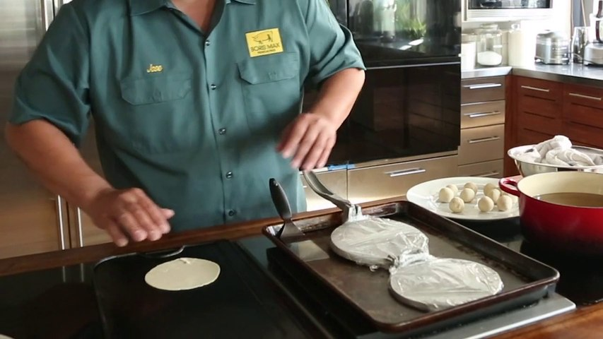 How to Make Tortillas from Scratch