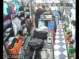 Vol en flagrant délit filmé dans un magasin de vêtements à Alger
