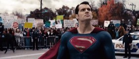 Batman V Superman : Dawn of Justice - Bande Annonce Officielle (VOST)