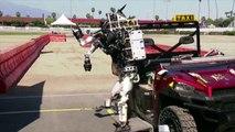 Des robots complètement ivre - Parodie du concours de robotique DARPA