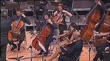 Mario Casteluovo-Tedesco : Guitar Concerto Op.99 - Thomas Viloteau