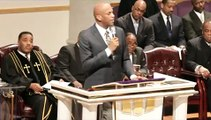 "Pastor Donnie McClurkin  "" My Living Shall Not Be In Vain """