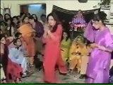 Leaked Video of Saba Qamar When She Was Youn