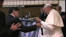 Soccer legend, Maradona visits Vatican, hugs Pope Francis   Pope