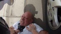 Road Rage : Un taré qui ressemble à Golum pète un plomb