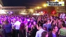 VIDEO. Tours : ambiance joyeuse et populaire au bal des pompiers