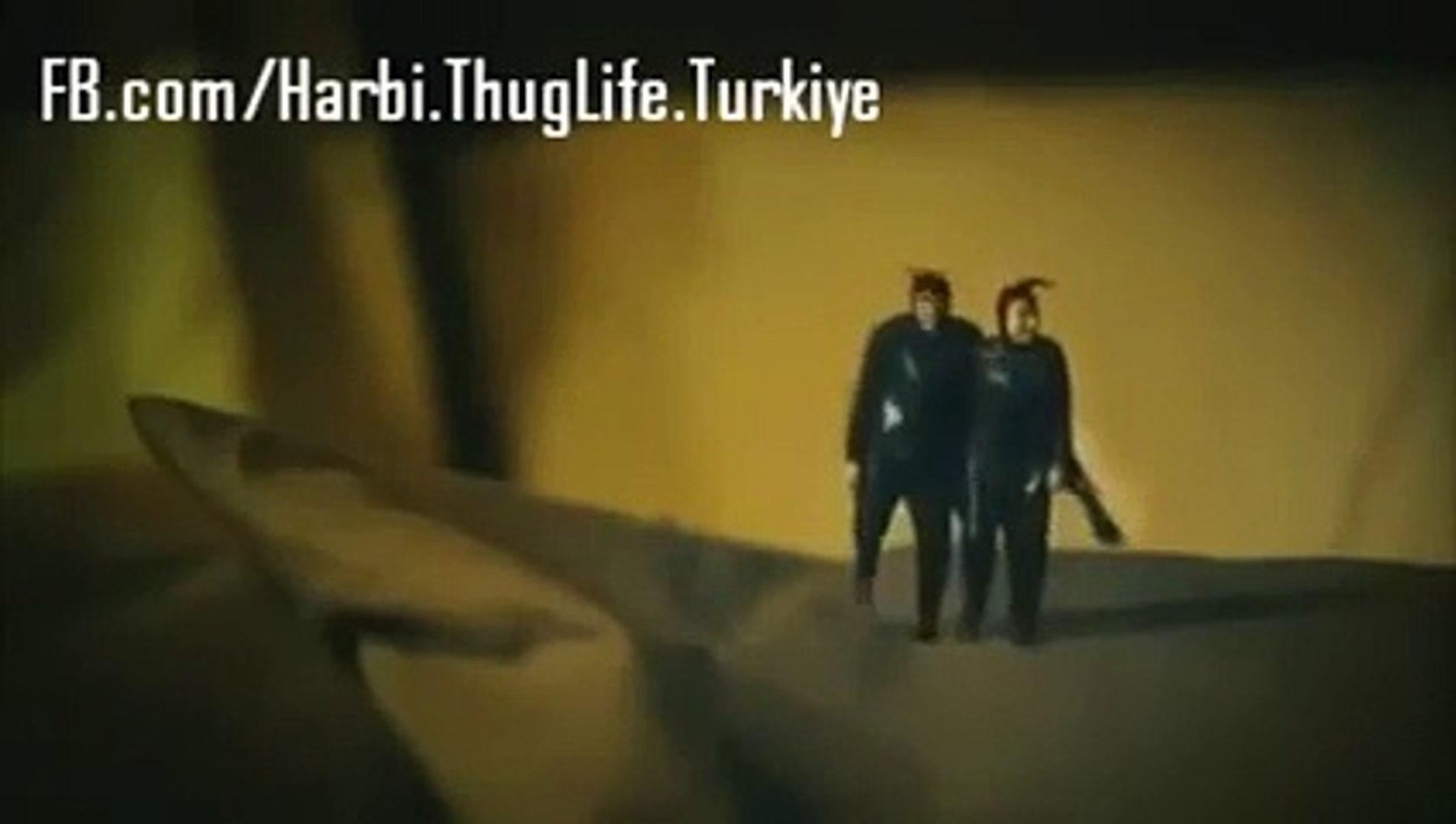 Çok Film Hareketler Bunlar Thug Life