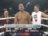 combattimenti di kick boxing-K1 Muay Thai Kick boxing Bonjasky vs White