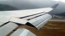 [HD 720p] Cathay Pacific Boeing 747-400 Landing Hong Kong International Airport