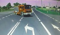 Un camion de pompier percuté par un camion (Pologne)