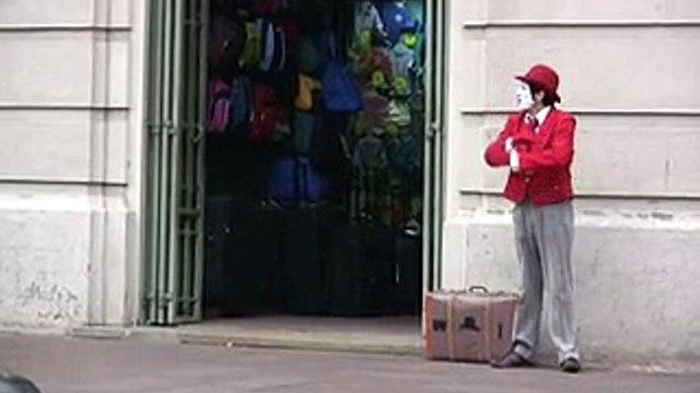 Santiago Street Clown