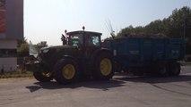 La FDSEA et Les Jeunes agriculteurs du Morbihan fouillent des camions de porc